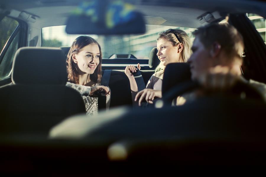 Vanhempien rooli nuorten liikennekäyttäytymisessä merkittävä